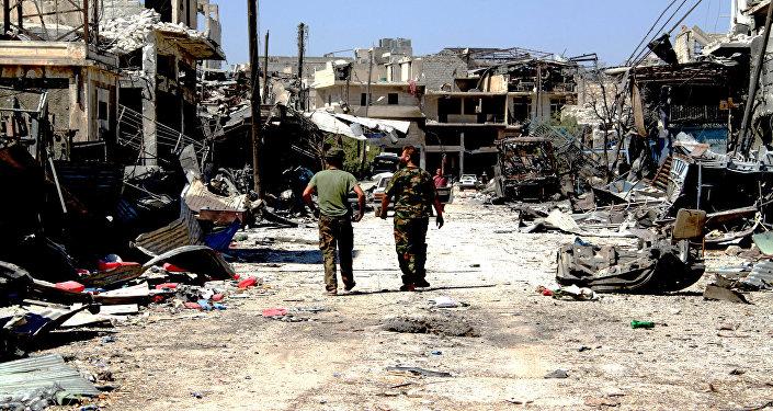 Los soldados del Ejército sirio en la parte de Alepo liberada de los terroristas