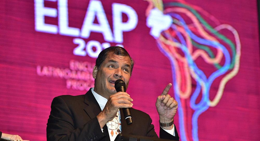 El presidente ecuatoriano, Rafael Correa, inaugura el Encuentro Latinoamericano Progresista (archivo)