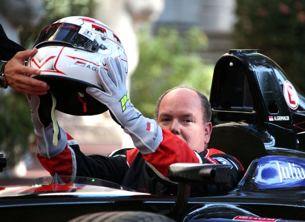 Alberto, el príncipe de Mónaco, participa en una competición de monoplazas eléctricos Fórmula E