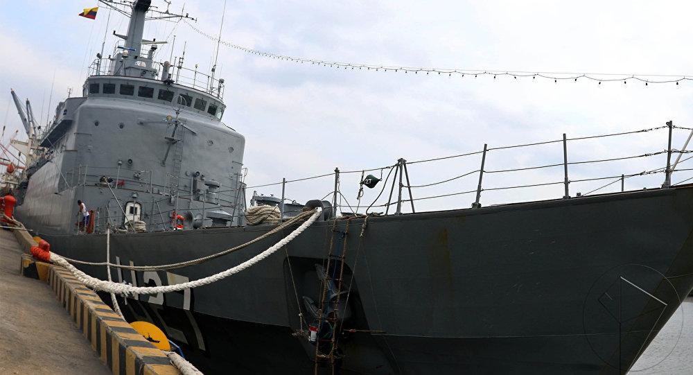 El buque escuela de la Fuerza Naval brasileña Brasil