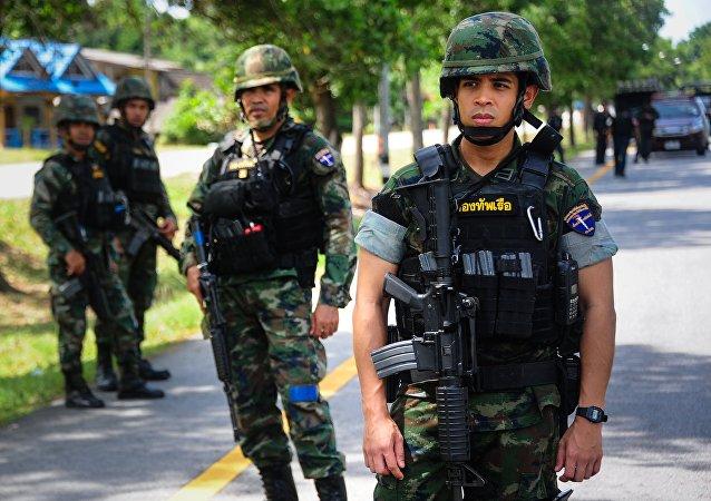 Los militares en la provincia tailandesa de Narativat