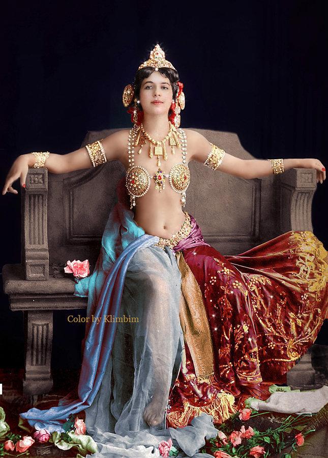 La enigmática Mata Hari, bailarina, actriz y espía holandesa, fusilada en 1917