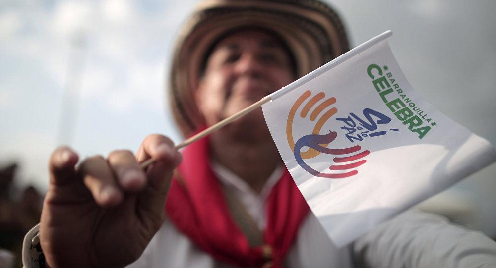 Manifestante del Sí a la Paz, en Colombia