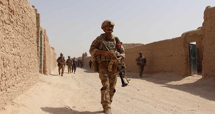 Tropas afganas recuperan el centro de Kunduz y combaten a los talibanes