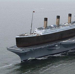 Titanic sobre el portaviones norteamericano USS Ronald Reagan