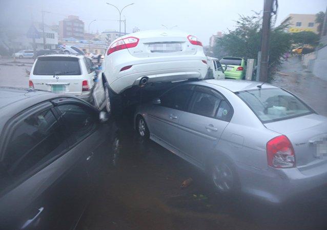 El tifón Chaba