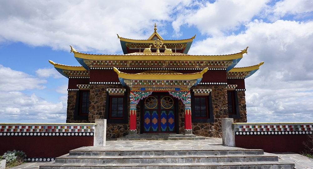 Templo budista cerca de la ciudad de Minas, Lavalleja, Uruguay