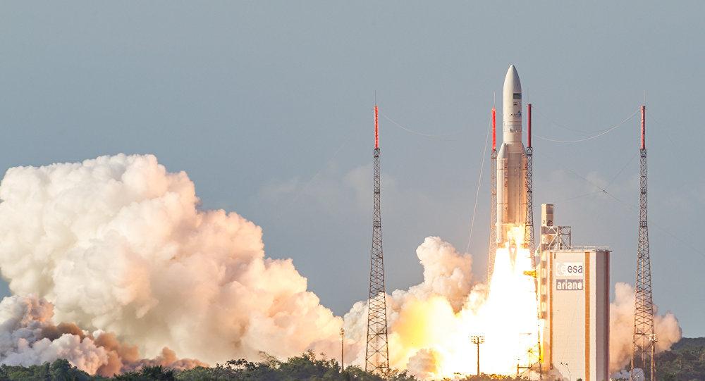 Lanzamiento del cohete Ariane 5 (archivo)