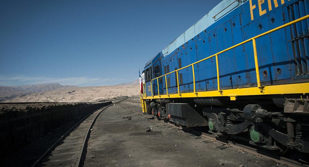Un tren en América Latina (ilustración)