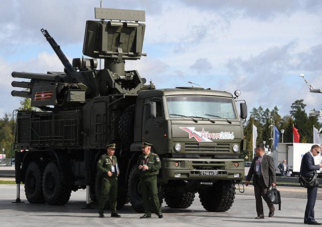 El sistema antiaéreo móvil de cañón-misil Pántsir (archivo)