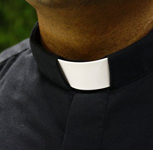 Un sacerdote