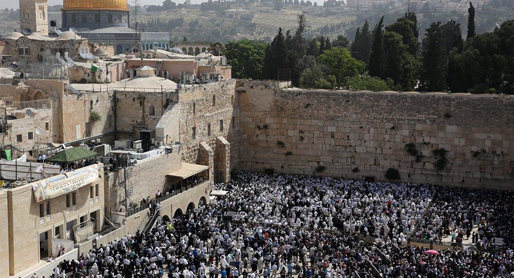 Muro de las Lamentaciones en la Ciudad Vieja de Jerusalén