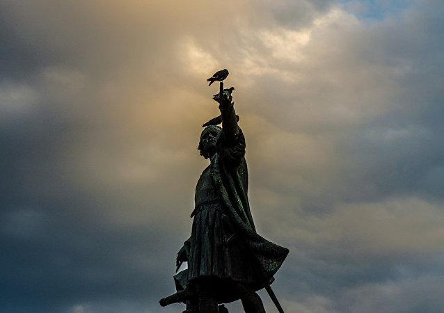 La estatua del conquistador Cristobal Colón en la República Dominicana