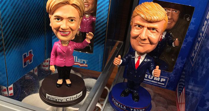 Las muñecas de Hillary Clinton y Donald Trump