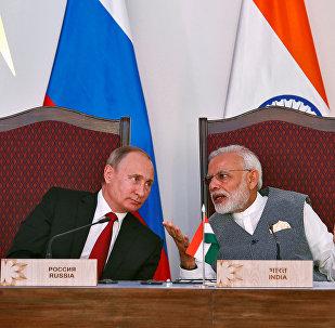 Vladímir Putin, el presidente de Rusia, y Narendra Modi, el primer ministro de la India