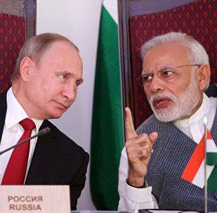 Vladímir Putin y Narendra Modi durante la VIII cumbre de los BRICS