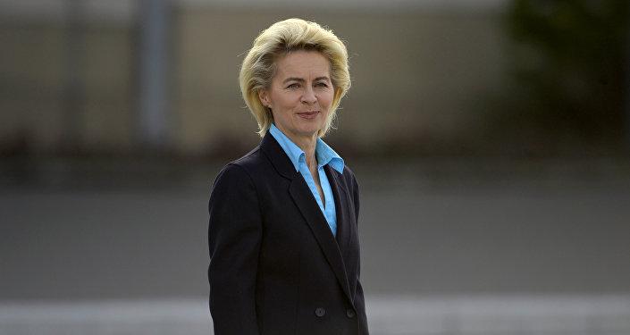 Ministra de defensa Ursula von der Leyen
