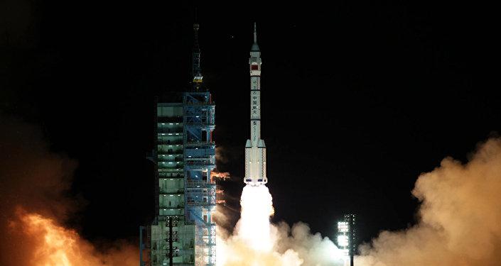 Lanzamiento de la nave espacial china Shenzhou