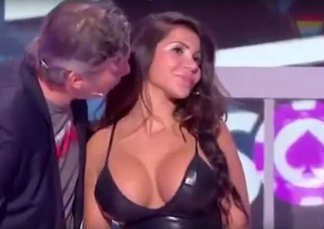 Escándalo en Francia por acoso sexual durante programa en vivo