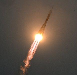 La nave espacial Soyuz MS-02 parte a la EEI