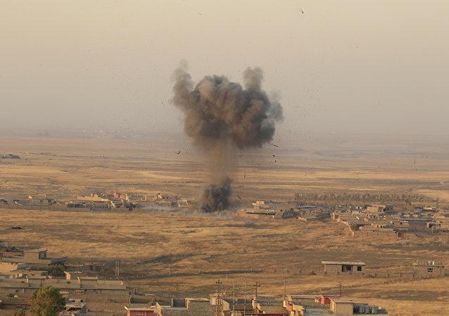 El ataque de las posiciones de Daesh en Mosul, Irak