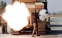 Soldado iraquí realiza un ataque contra Daesh en Mosul