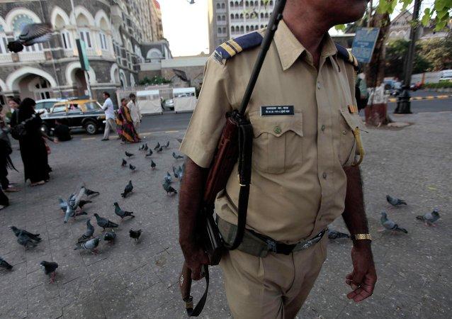 Un policía indio (archivo)