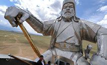 La estatua de Gengis Kan