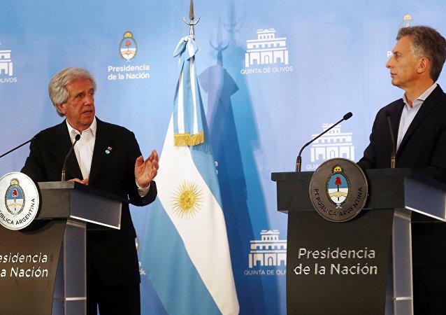 Presidente de Uruguay, Tabaré Vázquez y presidente de Argentina, Mauricio Macri