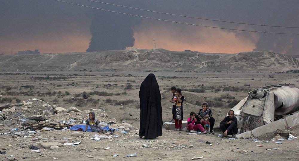 Las personas desplazadas, Mosul, Irak, el 23 de octubre de 2016