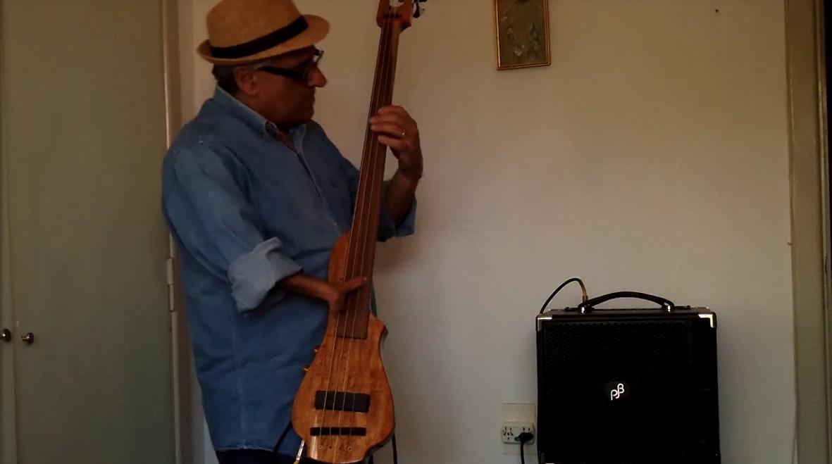 El músico argentino Eduardo Pandolfo