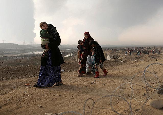 Habitantes desplazados de Mosul (archivo)