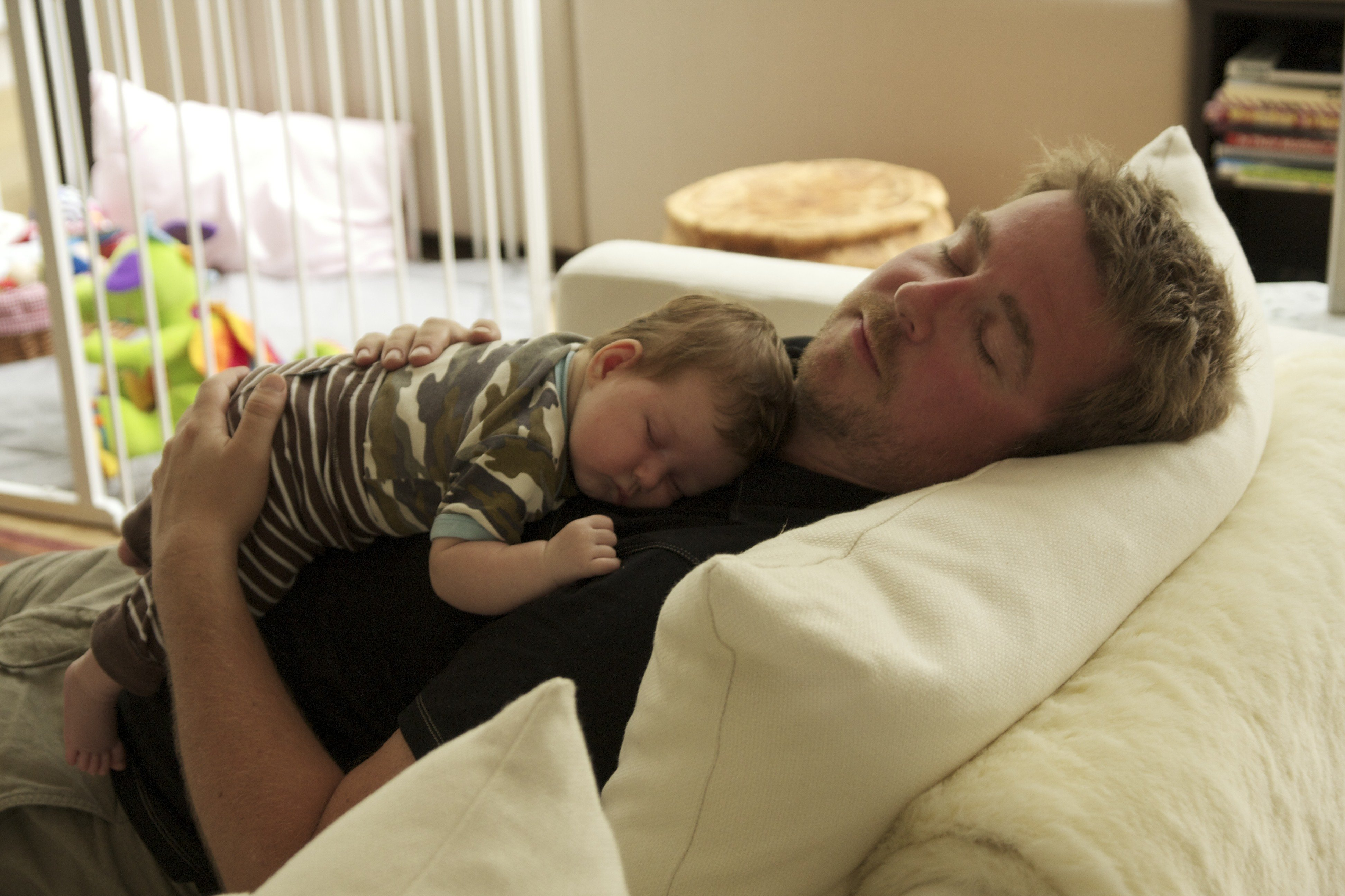 ¡Atención! Estos consejos, aparentemente, no funcionarán si tiene que cuidar de un bebé. Duerma cuando pueda.