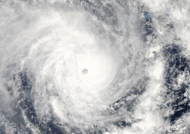 Un ciclón (archivo)