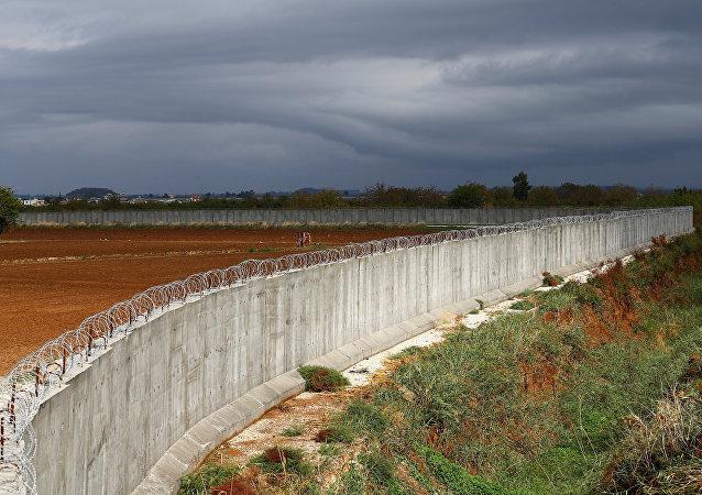 Muro en la frontera entre Turquía y Siria