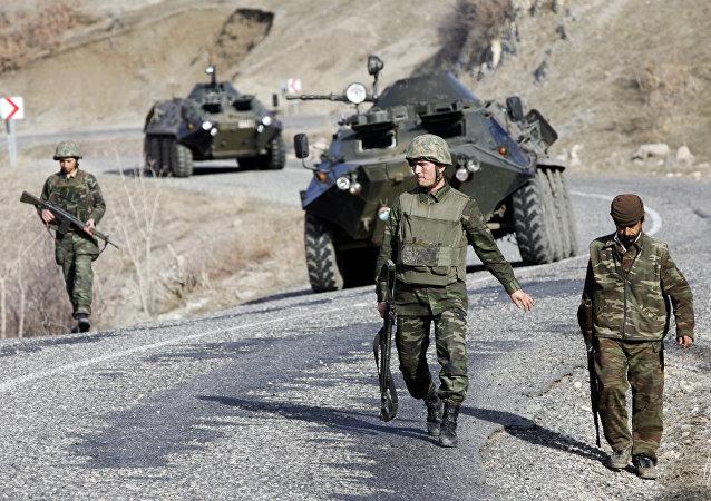 Las tropas turcas en la frontera con Irak (archivo)