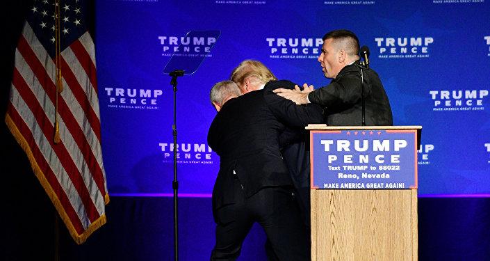 Evacuación de Donald Trump