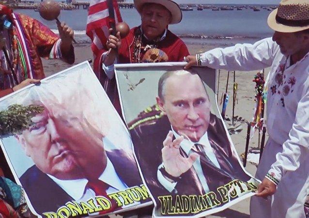 Espíritus, calaveras y chamanes: en Perú rezan para influir en las elecciones de EEUU