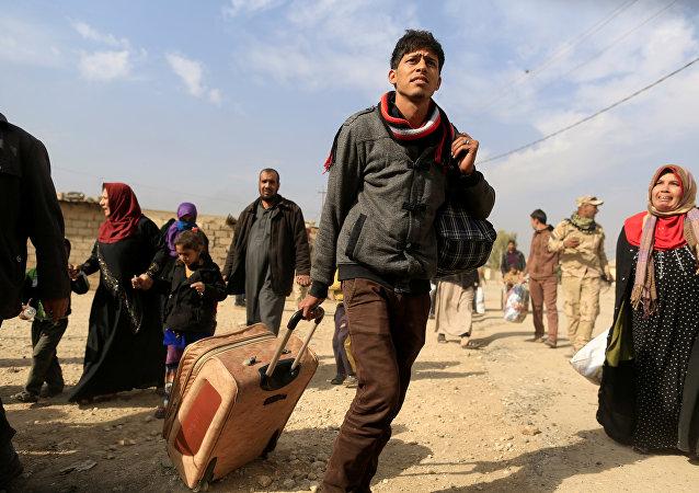 Los civiles abandonan Irak (archivo)
