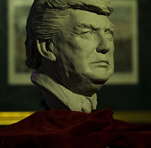 Una estatua de Donald Trump