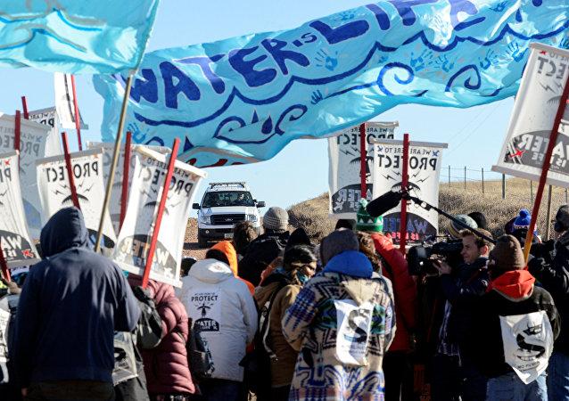 Protesta contra oleoducto en Dakota del Norte