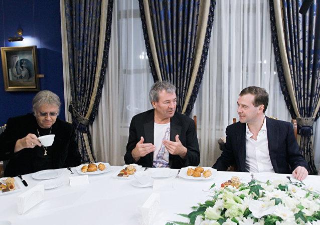 El encuentro de Dmitri Medvedev con Deep Purple