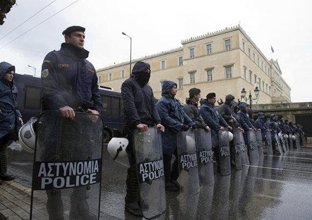 Policía griega