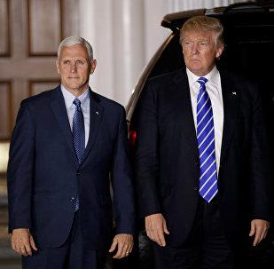 Donald Trump, presidente de EEUU, con Mike Pence, vicepresidente de su administración
