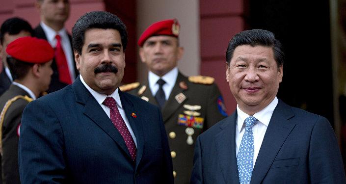 Presidente de Venezuela, Nicolás Maduro, y presidente de China, Xi Jinping (archivo)