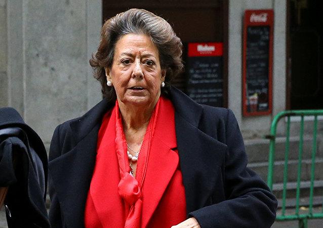 Foto de archivo de la exalcaldesa de Valencia, Rita Barberá, llegando al Tribunal Supremo de Madrid