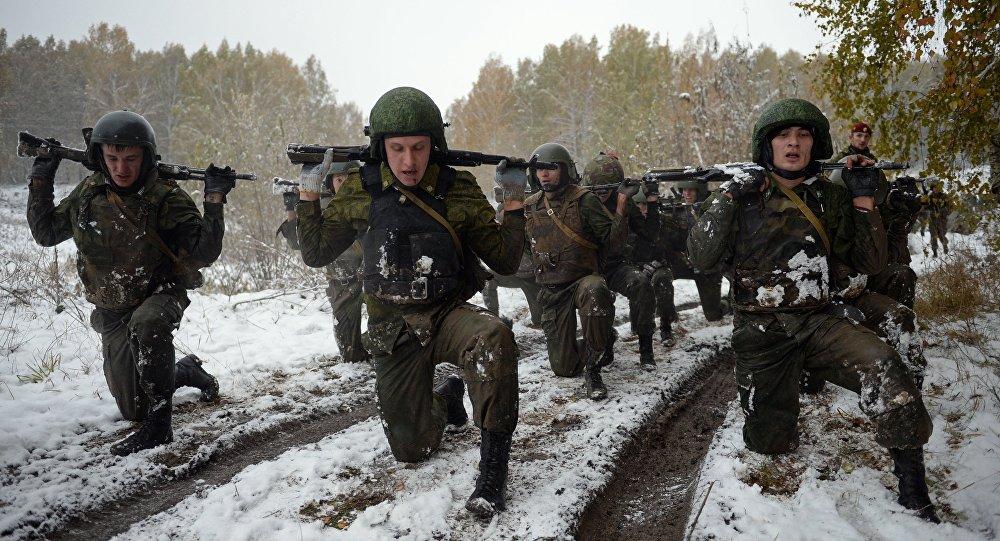 Los soldados de las divisiones especiales del Servicio Federal de la Guardia Nacional de Rusia durante las pruebas