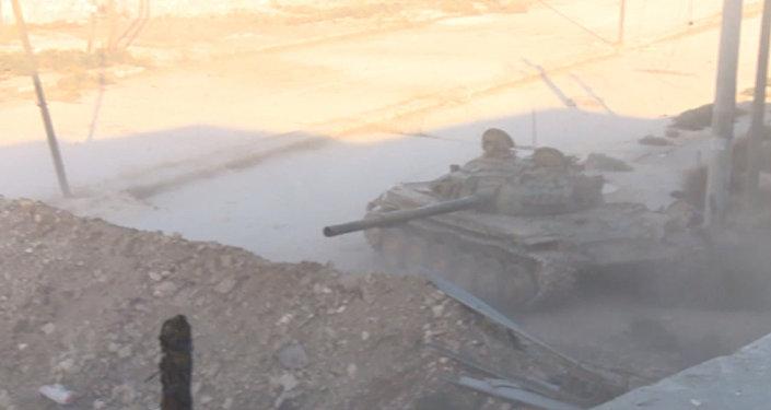 Dragones blindados: los tanques del Ejército sirio eliminan a los terroristas en Alepo