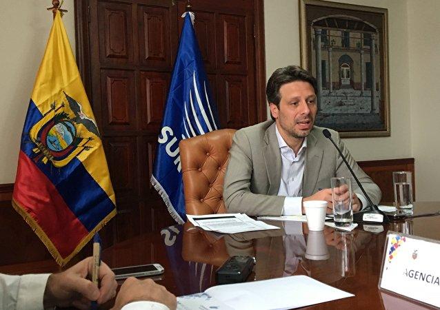 El canciller ecuatoriano, Guillaume Long, dialogó con la prensa extranjera radicada en Ecuador.