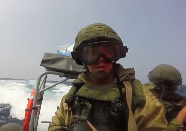 Vídeo: Así lucha la muerte negra rusa